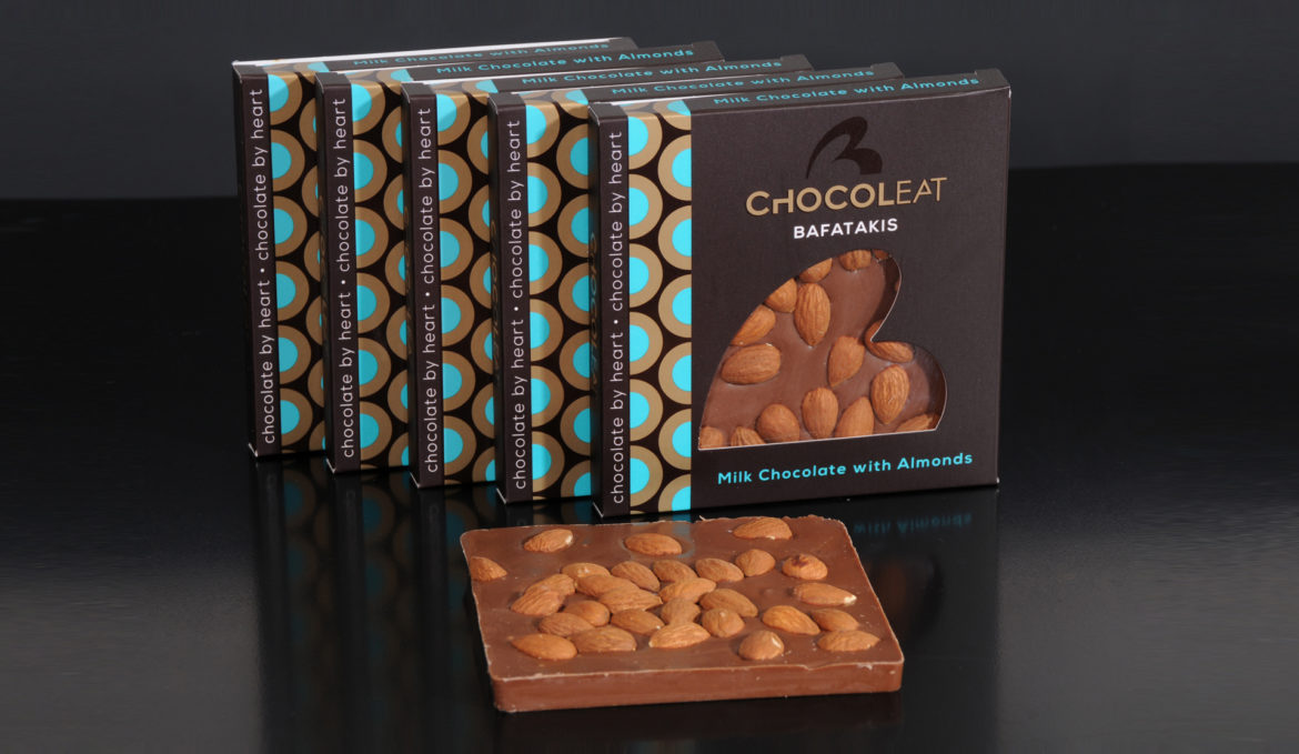 ChocolEat Milk chocolate with almonds 90gr