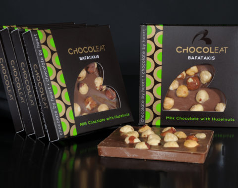 ChocolEat Milk chocolate with hazelnuts 90gr